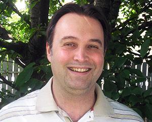gogerarnold - Arnold PC Szerviz vezetője, Számítógép szerviz Budapesten